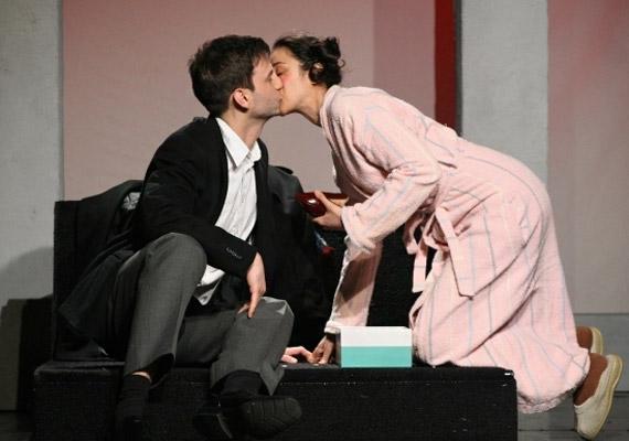 Gryllus Dorka és Simon Kornél a Varsói melódia című darabban kerültek össze először párként.