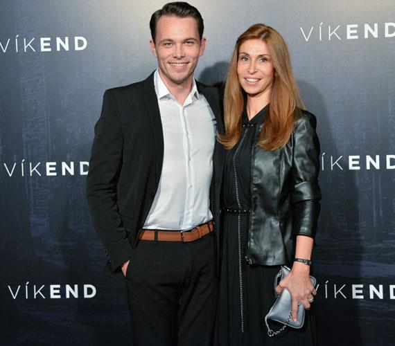 Lengyel Tamás, a film harmadik főszereplője párjával jelent meg a díszbemutatón.