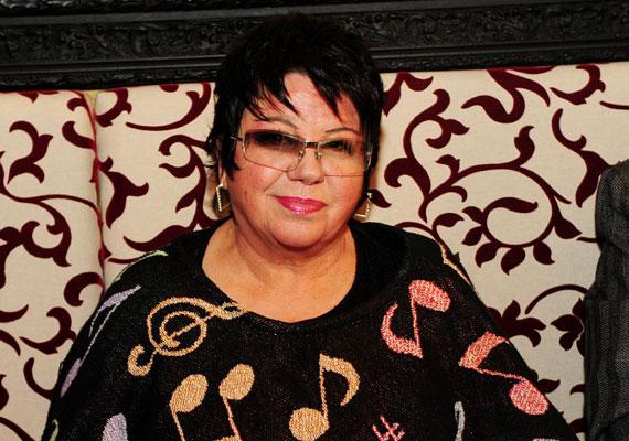 1977-ig Harangozó Teri volt az egyetlen női előadó Magyarországon, akinek önálló nagylemeze jelenhetett meg, a korszak három nagy emblematikus énekesnőjén - Kovács Kati, Koncz Zsuzsa, Zalatnay Sarolta - kívül.