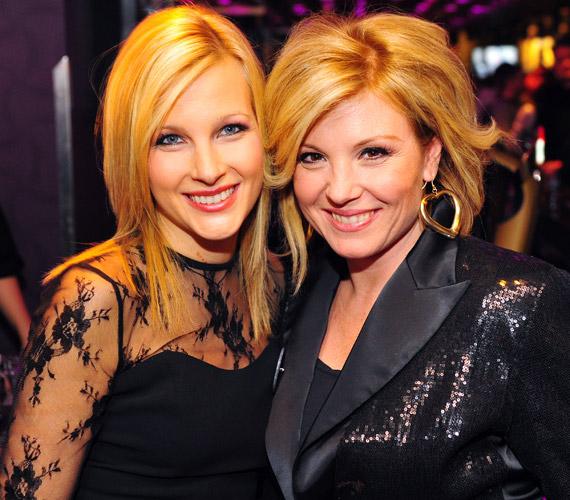 Várkonyi Andrea és Liptai Claudia: a műsorvezetőnő és a színésznő barátsága már több évre nyúlik vissza. Saját bevallásuk szerint szinte már nem is csupán barátok, de családtagok. Mind a ketten sokat köszönhetnek a másiknak, és számtalan nehéz pillanatban támogatták már a másikat.