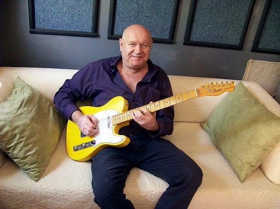 Ihos József 1957. június 8-án született, vagyis tegnap a 60. életévébe lépett.