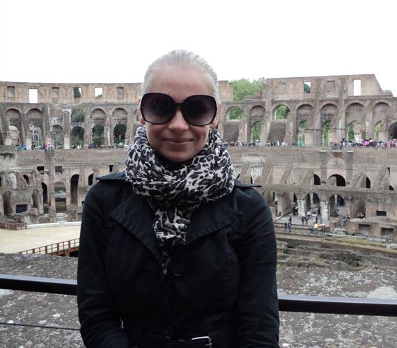 Római vakációja során a Colosseumot is meglátogatta.