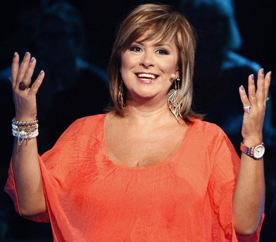 Szulák Andrea énekesnő, színésznő, műsorvezető 43 éves volt, amikor 2007. április 26-án megszületett kislánya, Rozina.