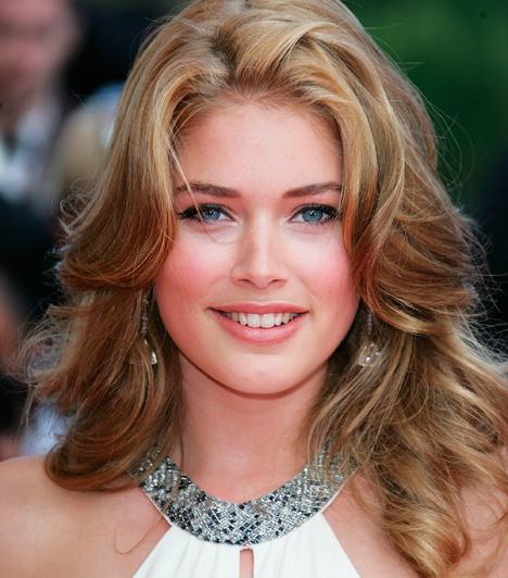 Doutzen Kroes                         A holland szépséget egy amsterdami modellügynökség szerződtette le még diákévei alatt. Volt már a Time, a Vogue, a Harper's Bazaar, az Elle és egyéb divatlapok címlapján. 2008-ban ő lett a híres Victoria's Secret egyik angyala. A gyönyörű szupermodell 2010-ben ment férjhez egy holland DJ-hez, rá egy évre pedig életet adott első kisfiuknak is.