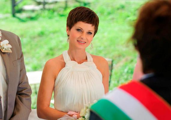 Ullmann Mónika két évig alakította Balatoni Andreát, aki egy gyönyörű esküvőn feleségül ment Füredihez - Gesztesi Károly. A halálos beteg nőt alakító színésznőtől február végén kellett búcsút venniük a rajongóknak.