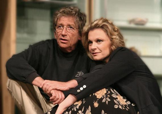 Ugyancsak a Játszd újra, Sam! című darabban Hegyi Barbara partnereként. Tavaly ünnepelték a 30. évfordulót, ennyi éve van az előadás még mindig műsoron. Legközelebb 2014. február 9-én tekintheti meg a nagyérdemű.