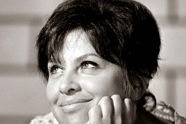1972. december 26-án, 40 évesen vetett véget életének Domján Edit. A színésznő születésnapja után egy nappal halt meg. Talán magánéleti válságai, elvesztett magzata és karrierjének mélypontjai együttesen vezethettek ahhoz, hogy végső elkeseredésében öngyilkosságot kövessen el.