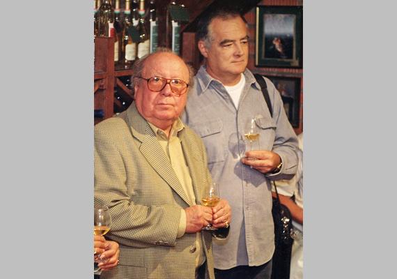 A legendás tévés, Knézy Jenő és a felejthetetlen színész, Kállai Ferenc, A tanú Pelikán elvtársa, aki 2010. július 11-én hunyt el.