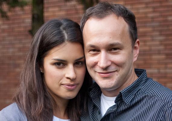 Rendes Zoltán nős volt még akkor, mikor a TV2-nél találkozott Czippán Anettel, akitől azóta már gyermeke is született.