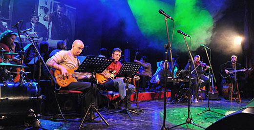 Versek szimfónikus zenekarral - kArc produkció - augusztus 1.