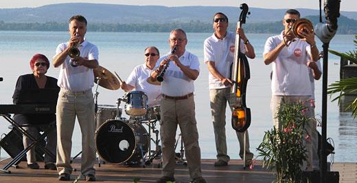 Molnár Dixieland Band - július 5.