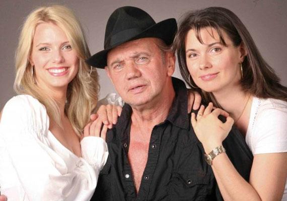 Koncz Gábor kisebbik lánya, a 29 éves Regina - bal oldali kép - több mint tíz évvel ezelőtt kezdett el modellkedni, mára egy hároméves kislány édesanyja. A 44 éves Tekla is megajándékozta már a színészt egy unokával.