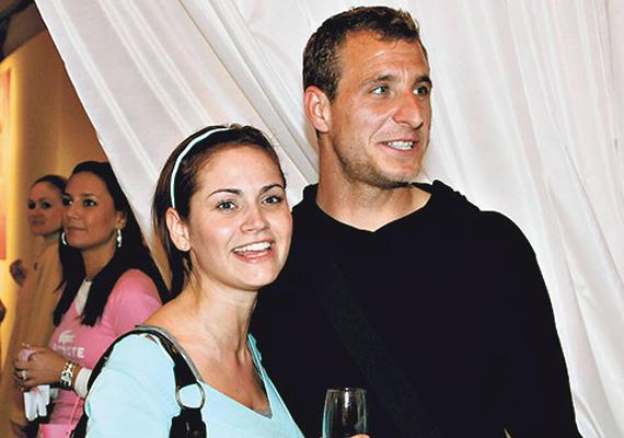Nyolc év házasság után tavaly zátonyra futott a színésznő és Németh Norbert labdarúgó házassága. A focista egy csalási ügybe keveredett, majd nem sokkal később letartóztatták. Ezt követően Barbara bejelentette, hogy elválnak útjaik, kislányukról, Franciskáról pedig egyedül gondoskodik.