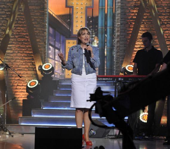 A gyerekkorában tréfásan Dinamit Katinak nevezett énekesnő nyugtalansága és harcos igazságérzete felnőttkorában is megmaradt.