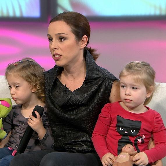 Kozma Orsi ikerlányai, Anna és Sára már betöltötték a harmadik életévüket, ősztől óvodába járnak.
