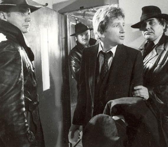 Számos színházi szerepben, játékfilmben és tévéfilmben csillogtatta meg tehetségét. Ez a fotó az 1984-es Hanyatt-homlok játékfilmből való, ahol Koncz Gáborral, Csurka Lászlóval és Kern Andrással játszott.