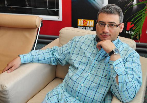 2014. március 25-ével váratlanul szerződést bontott a TV2 és Nagy Tamás Grande, a Jóban Rosszban producere.