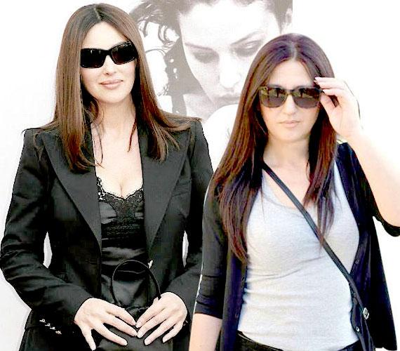 Egyik barátja készítette ezt a montázst, amikor felfedezte a döbbenetes hasonlóságot az olasz színésznő, Monica Bellucci és Laki Anikó között - utóbbi egyébként pályáját ugyancsak színésznőként kezdte.