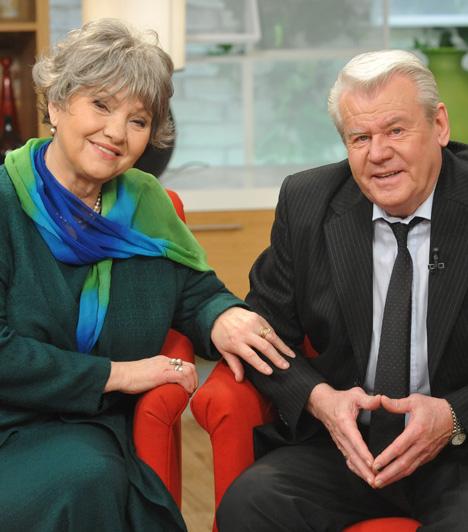 Pécsi Ildikó és Szűcs LajosA Kossuth- és Jászai Mari-díjas színművésznő, rendező, a Halhatatlanok Társulatának örökös tagja és az olimpiai bajnok labdarúgó 1969-ben házasodott össze.