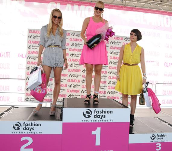 Szeptemberben a tűsarkús futóversenyen győzedelmeskedett a csinos műsorvezető.