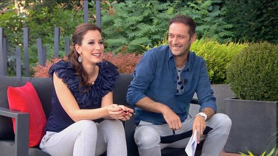 Ma reggel a TV2 Mokka című műsorában Demcsák Zsuzsa és Szebeni István is bevállalták, hogy szürke melegítőben vezetik a műsort.