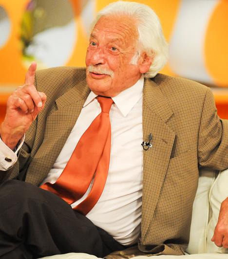Bálint gazda, kertészmérnök  Az 1919-es születésű Bálint Györgyöt mindenki csak Bálint gazdaként ismeri, hiszen a jeles kertészmérnök és agrárszakember 1981 és 2009 között az Ablak című közéleti műsor rendszeres megszólalója volt kertészkedés és növénygondozás témakörben. A népszerű gazda már dédnagypapa, és 90 felett is aktív.