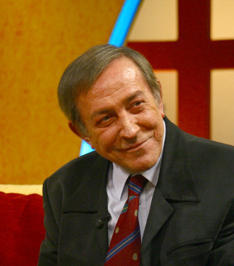 Antal Imre  A 2008-ban elhunyt zongoraművész és színész-humorista tanította zenélni a nyolc éves Presser Gábort. Vitray Tamással évtizedeken keresztül vezette a szilveszteri kabarékat, 1980-tól pedig a Szeszélyes évszakokban nevettette meg a nézőket.