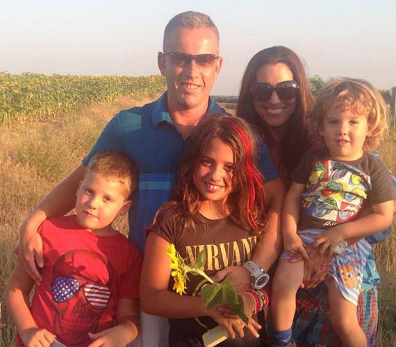 Rubint Réka fitneszedző három gyerkőc édesanyja: legidősebb gyermeke, Lara idén októberben lesz 12 éves, Norbika tíz, Zalán pedig márciusban ünnepli a negyedik születésnapját.