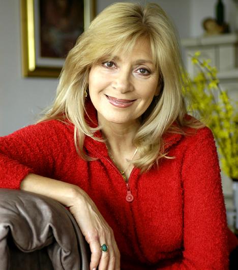 Bencze Ilona  Az 1947-es születésű színésznő csaknem 20 évig volt tagja a Madách Színház társulatának, azóta pedig szabadúszó. A hetvenes-nyolcvanas években olyan filmekben játszott, mint a Szarvassá vált fiúk, a Veszélyes játékok vagy éppen a Tündér Lala.