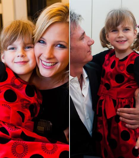 Nóri  Várkonyi Andrea és Bochkor Gábor 2006-ban talált egymásra, szerelmük gyümölcse, Nóri pedig alig egy évvel ezt követően látta meg a napvilágot. A kislány kétségtelenül édesanyja szépségét örökölte.  Kapcsolódó cikk: Várkonyi Andrea lánya tiszta anyja »