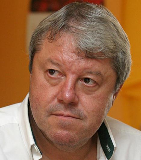 """Böröczky József (1948-2011)  A humorista-előadó a Kamara Varieté, majd a Vidám Színpad társulatának tagja volt, 1992-ben átszerződött a Mikroszkóp Színpadhoz. Rákkal küzdött, a 63 évesen pár hónap alatt győzte le a súlyos betegség.  Kapcsolódó cikk: """"Ha csak rágondoltam, jókedvem lett"""" Böröczky Józsefre emlékeznek kollégái »"""
