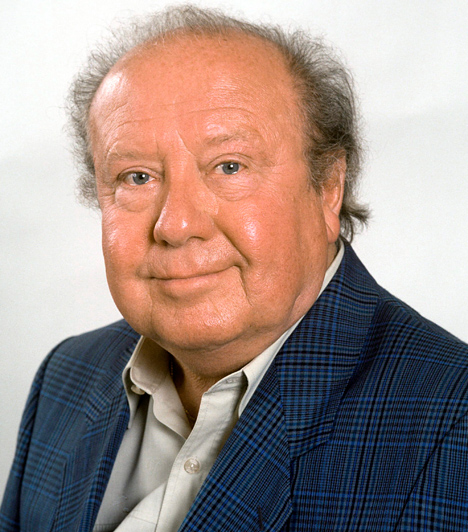 Kállai Ferenc (1925-2010)A nemzet színészétől, Kállai Ferenctől 2010. július 11-én kellett búcsút vennünk. A 85 éves színészóriás A tanú című filmszatíra Pelikán elvtársaként írta be magát örökre a filmtörténetbe.Kapcsolódó cikk:2010 legfájóbb magyar veszteségei - Hatalmas űrt hagytak maguk után »