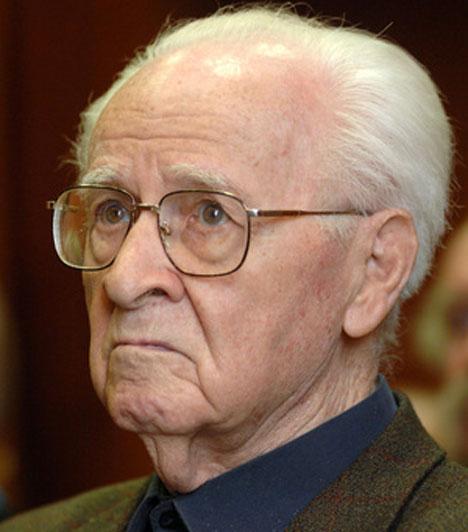 Morell Mihály (1911-2013)101 éves korában, június 2-án hunyt el az utóbbi hét évtized legsikeresebb magyar filmjeinek vágója. Nevéhez fűződik többek közt a Légy jó mindhalálig, a Pacsirta, az Árvácska, a 80 huszár, A tizedes meg a többiek, a Szindbád vagy a Veri az ördög a feleségét.Kapcsolódó cikk:Elhunyt a legendás magyar filmes! Nemzedékek nőttek fel alkotásain »