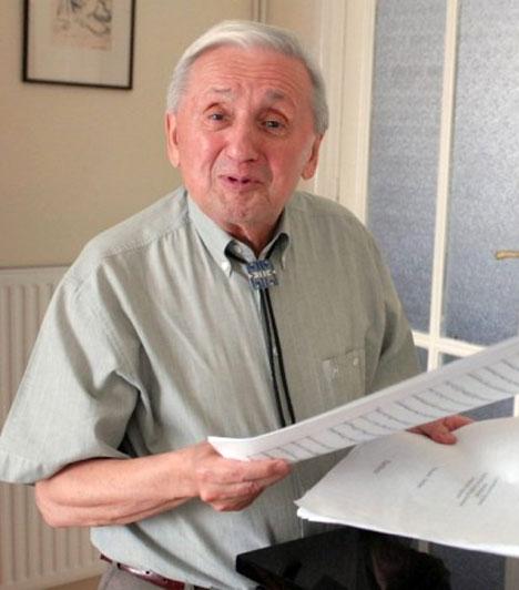 Szokolay Sándor (1931-2013)                         A Kossuth-díjas zeneszerzőt 82 évesen december 8-án, soproni otthonában érte a halál. Külföldön is nevet szerzett magának, különösen operáival: a legismertebbet, a Vérnászt tucatnyi nyelvre fordították le.                         Kapcsolódó cikk:                         A magyar zenészt otthonában érte a halál »