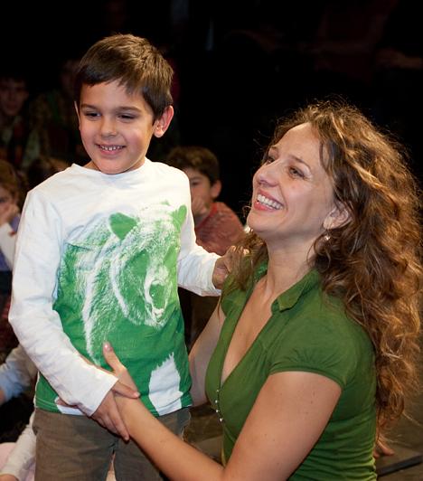 Pokorny Lia  Bár már számos alkalommal bizonyított a színpadon, Pokorny Liát legtöbben a Beugró révén ismerik. Azt azonban nem mindenki tudja, hogy van egy kisfia. Misi még Csányi Sándorral kötött házasságából született 2003-ban.