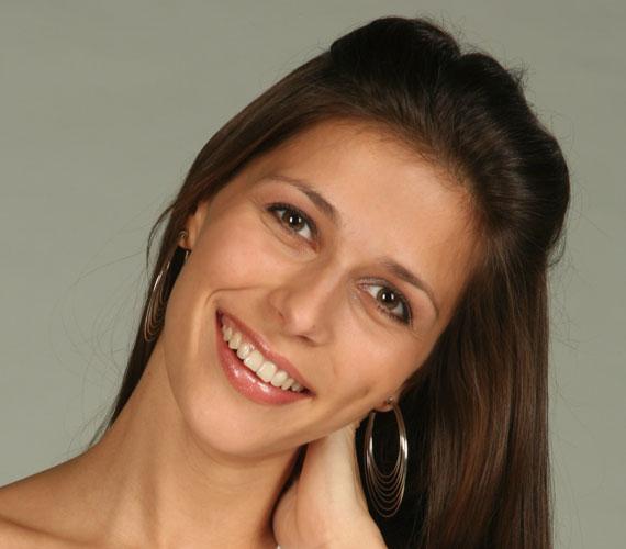 A TV2 Babavilág című műsorának háziasszonya, a Kölyökidővel ismertté vált Szekeres Nóra mindössze 19 éves volt, amikor első gyermekét várta. Kislánya, Noa születése után két évvel Milán fia is világra jött.