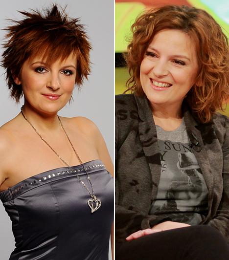 Boros Kriszta  Az RTL Klub csinos híradósa mindaddig ragaszkodott rövid frizurájához, amíg aktívan dolgozott. Amikor azonban szülési szabadságra ment, a lágyabb, nőiesebb formák mellett tette le voksát - a hajszín ugyan hasonló maradt, de vállig érőre növesztette a haját.  Kapcsolódó képgaléria: A legdögösebb magyar sztárok nagy pocakkal »