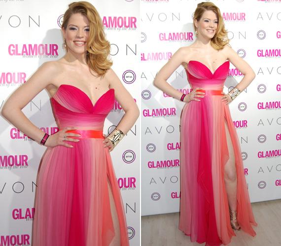 Muri Enikő a színátmenetes, pink kreációt Benes Anita Daalarna szalonjából választotta az idei Glamour-gálára.