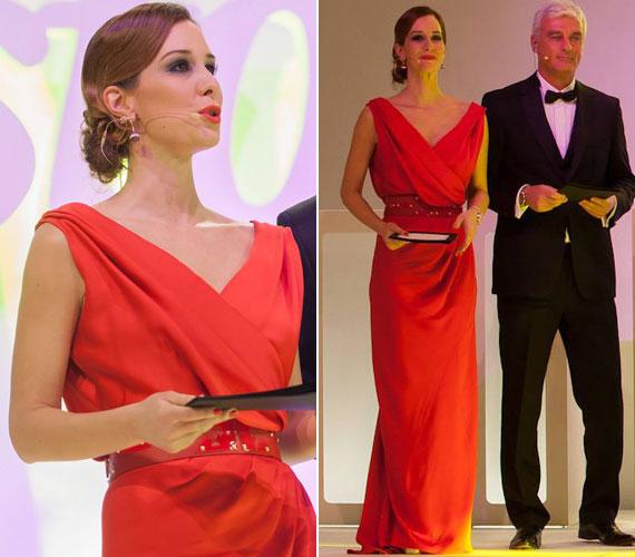 Demcsák Zsuzsa a februárban megrendezett Story-gála női műsorvezetője volt. A díjátadóra a Maison Marquise tavaszi-nyári kollekciójának Tóth Bori által tervezett egy piros darabját választotta.