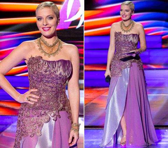 Tatár Csilla februárban A Dal című műsor döntőjében egy Zoób Kati által tervezett ruhában jelent meg a színpadon. A földig érő, lila estélyi rafinált megoldásokkal volt megbolondítva.