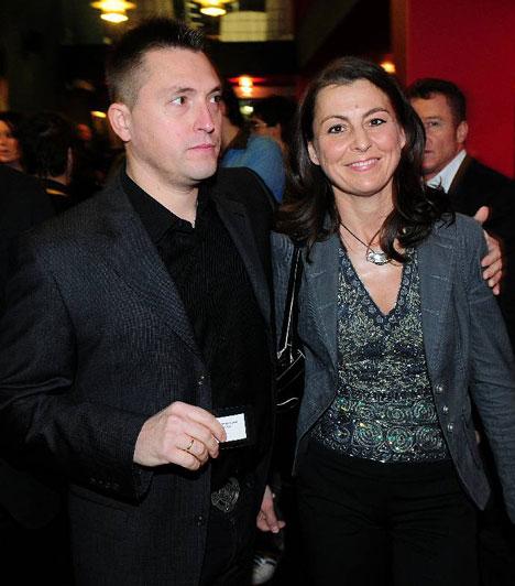 Kovács Ákos és Őry Krisztina  Ákos elmondása szerint kapcsolatuk diákszerelemként indult. Csak harmadik gyermekük megszületése után, 15 év együttélés után házasodtak össze. Negyedik gyermekük 2010 májusában született meg.
