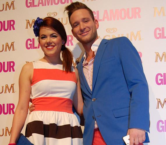 Istenes Bence, az RTL Klub műsorvezetője és Csobot Adél, a 2012-es X-Faktor felfedezettje a 2014-es évben többször is szakított egymással, ám az év novemberében közösségi oldalukon árulták el, ismét együtt vannak.