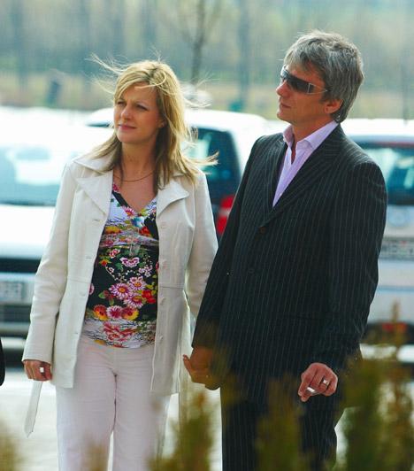 Várkonyi Andrea és Bochkor Gábor  Várkonyi Andreát a barátnője, Liptai Claudia hozta össze Bochkor Gáborral 2006-ban. A párnak azóta egy közös kislánya is született. A műsorvezetőnek az első házassága viharos válással ért véget, ezért elmondása szerint nem szeretne többet férjhez menni.