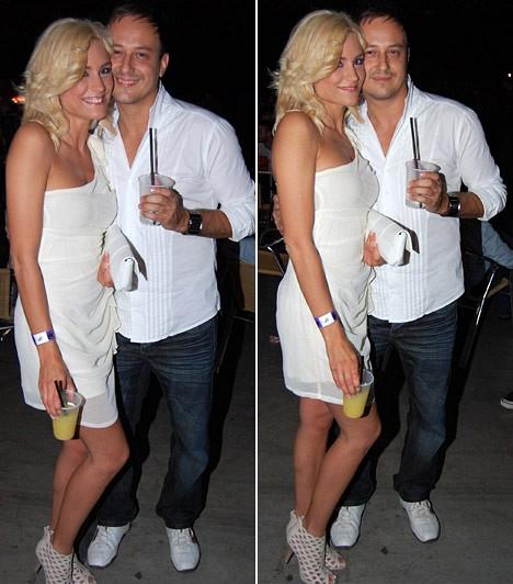 """Balogh Edina és Som Krisztián  A Barátok közt csinos sztárja 2011 júniusában jelentette be, hogy összeházasodik szerelmével, Som Krisztiánnal. A csinos színésznő vőlegényét a 2011-es VIVA Comet gálára is magával vitte. Az esküvőre 2012-ben sor is került, sőt, ősszel bejelentették, első gyermeküket várják.  Kapcsolódó cikk: """"Majdnem összevesztünk!"""" Kalandos eljegyzéséről mesélt Balogh Edina »"""