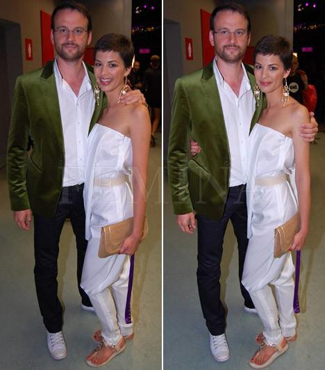 Ördög Nóra és Nánási Pál  Ördög Nóra hat év után 2008 augusztusában ment feleségül Rubint Kristófhoz, akitől néhány hónap múlva, decemberben vált el. Jelenleg Nánási Pál fotóművésszel él házasságban, a népszerű sztárpár a 2011-es VIVA Comet gálán is megjelent.