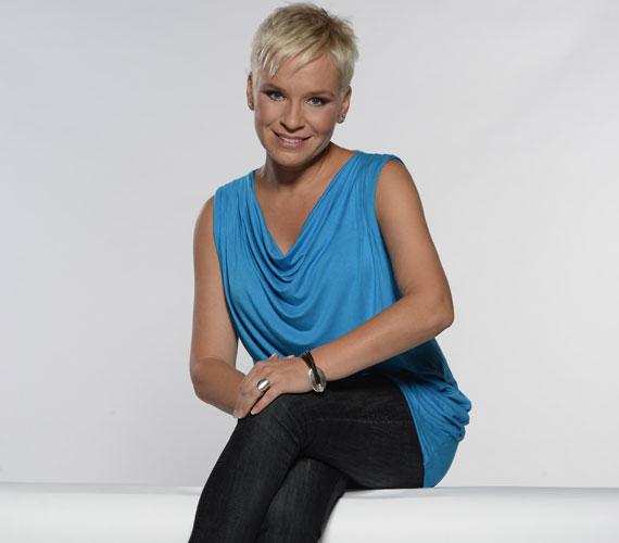 Tíz év után az RTL II-n ismét látható lesz a Forró nyomon. A műsor, amelyben Máté Krisztina oknyomozó riportokban próbált gyanús esetek végére járni, 2002 nyaráig volt műsoron a TV2-n.