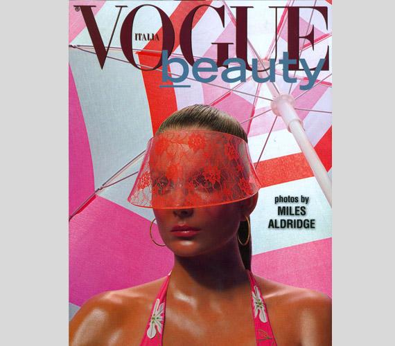 2012 májusában napbarnítottan az olasz Vogue Beauty borítóján szerepelt.
