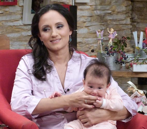Mohamed Aida második gyermeke, Leila 2014. május 11-én, 51 centisen és 3120 grammal jött a világra.