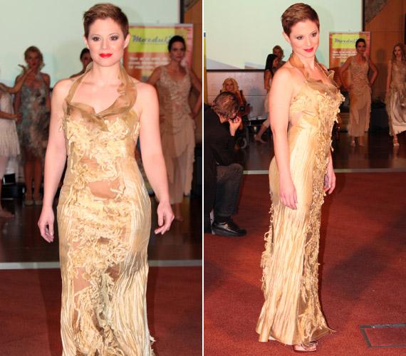 Szinetár Dóra talpig aranyban, egy Sziráczky Brigitta által tervezett estélyi ruhában tündökölt.
