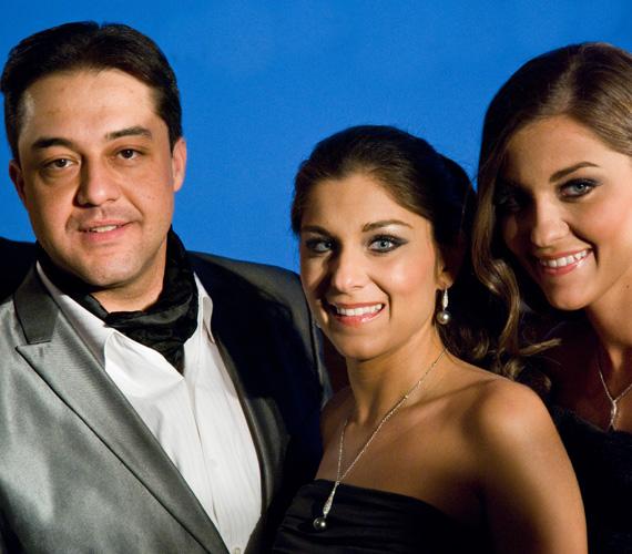 A Városligetben rendezett koncerten a New York Kávéház bárzongorista-versenyének első helyezettje, Berki Artúr is fellépett.